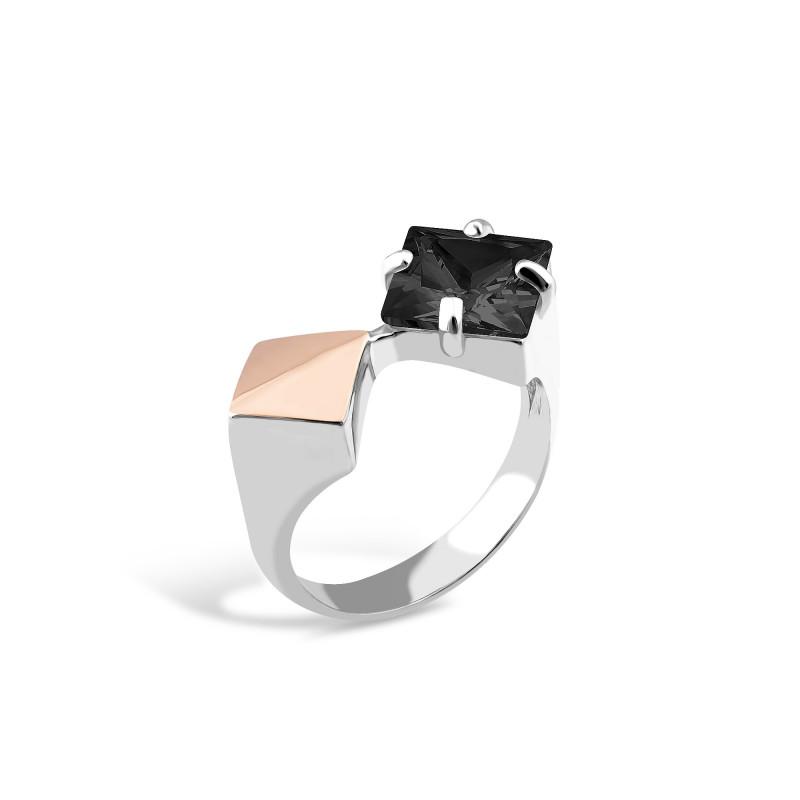 Кольцо с черным фианитом 006