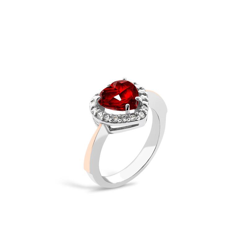 Кольцо с красным фианитом Сердце 693